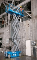 Where to rent Scissor Lift, 20  tall x 32  wide in Bowling Green FL